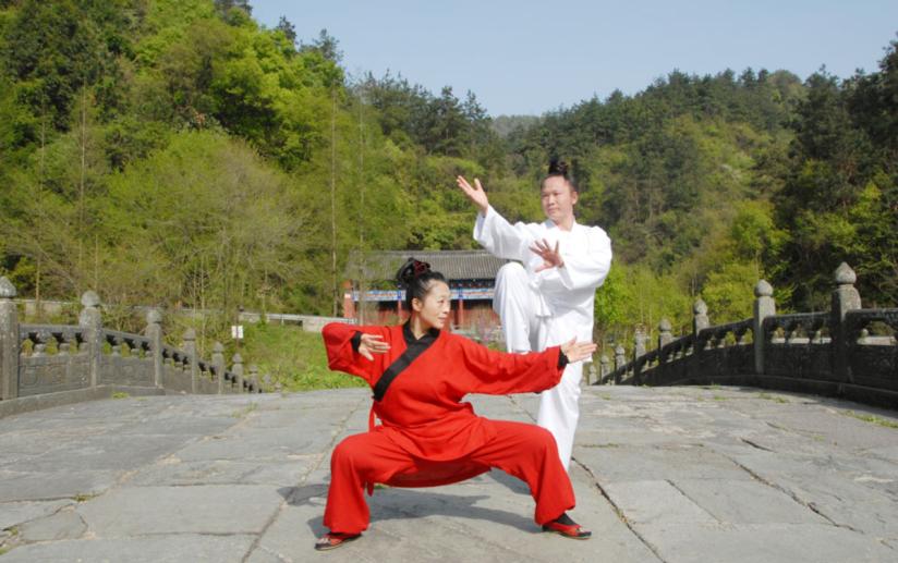 Kewen + man kungfu1.png